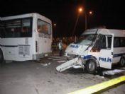 Çevik Kuvvet Minibüsü Otobüsle Çarpıştı: 7 Polis Yaralı