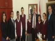 Engelli Öğrencilerden Milli Eğitim Müdürüne Ziyaret