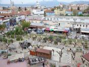 Kuşadası'nda Yunus Emre Parkı Boşaltıldı