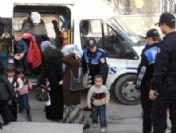 Polis, Öğrencileri Sinemaya Götürdü
