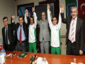 Şampiyonlar Büyükşehir'e İmza Attı