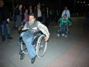Tekerlekli Sandalyeyle Yarışarak Empati Yaptılar
