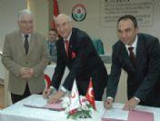 Türk Kızılayı İle Sakarya İl Özel İdaresi Arasında İşbirliği Protokolü