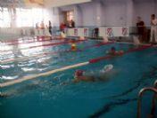 Engelli Yüzücülerin Mücadelesi Nefes Kesti