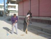 Samandağ'da Mahalle Sakinlerinden Temizlik Kampanyası