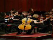 Sanatçı Sayarı, Senfoni Konserine Konuk Oldu