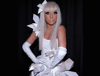 KESHA - Türk hacker Deniz 'Gaga'ladı