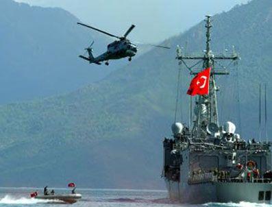ARAP DENIZI - Aden Körfezi'nde Türk askerinin görevi uzatıldı