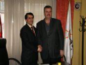 Ak Parti Akyazı İlçe Başkanlığında Devir Teslim Töreni