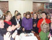 Ak Partili Kadınlar Başbakanın Doğum Gününü Unutmadı