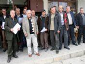 Uşaklı Veliler Öğretmenlerinin Başka Okula Tayin Edilmesini Protestosu Etti