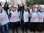 İzmir'de Tekel İşçilerine Destek Eylemi