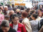 Zonguldak'ta Market Açılışında İzdiham