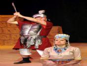 Antalya Büyükşehir Belediye Tiyatrosu 'Barış İçin Aşk Grevi'