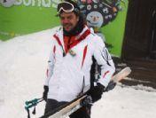 Beyaz'ın Kayak Keyfi