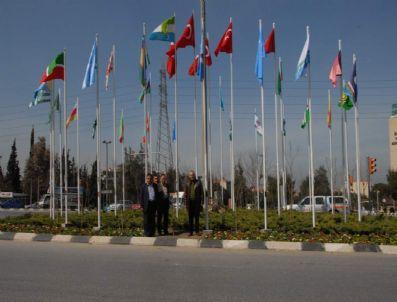 ABHAZYA - Laleli Kavşağı'na Türki Cumhuriyetlerin Bayrakları Asıldı