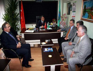TARıM VE KÖYIŞLERI BAKANı - Eski Tarım Ve Köyişleri Bakanı Musa Demirci'den Ziraat Odasına Ziyaret