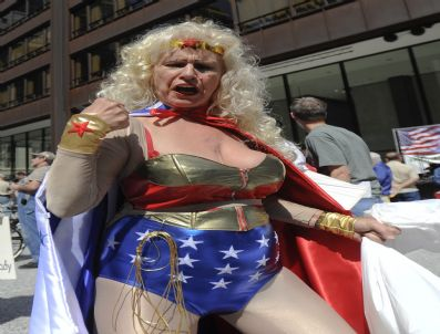 WONDER WOMAN - Usa Chıcago Tea Party Rally
