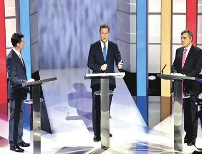 TELEGRAPH GAZETESI - İngiltere'nin siyasetçileri açıkoturumda buluştu