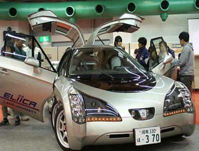 Pille çalışan 8 tekerlekli süper hızlı oto Eliica