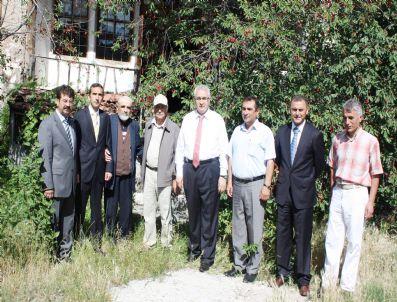 NURETTIN SÖZEN - Boğazkale'deki Dulkadiroğlu Beyliğine Ait Tarihi Konak Turizme Kazandırılacak