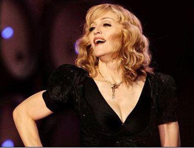 JOHN TRAVOLTA - Madonna'dan Ferzan Özpetek'e övgü