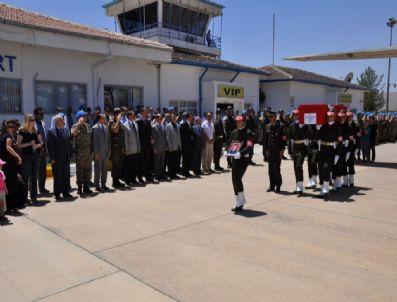 HALIT BULUT - Siirt'te Şehit Düşen Asker Ve Korucular Son Yolculuklarına Uğurlandı