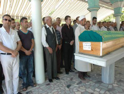 İHSAN KOCA - Güneş Tv Haber Müdürü Karakuş'un Annesi Trafik Kazasında Hayatını Kaybetti