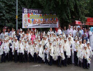 YUSUF FIDAN - Geyve Belediyesi 84 Çocuğu Sünnet Ettirdi