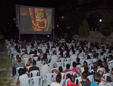 MİCHAEL MOORE - Kuşadası Belediyesi'nden Sinema Günleri
