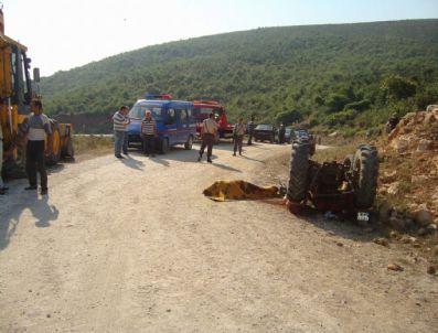SÜLEYMAN KAVAK - Manyas'ta Trafik Kazası: 2 Ölü