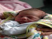 Balıkesir'de Yeni Yılın İlk Bebeği Erkek Doğdu