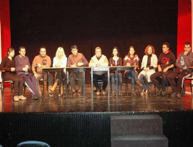 DOĞAN YAĞCı - Erzurum Dt'de 'Asiye Nasıl Kurtulur?' Prömiyeri