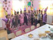Minik Öğrencilerden 'Yeni Yıl' Programı