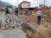 Simav Belediyesinin Kaldırım Çalışmaları Sürüyor