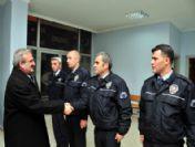 Vali Karaloğlu, Yeni Yıla Polis Merkezinde Girdi