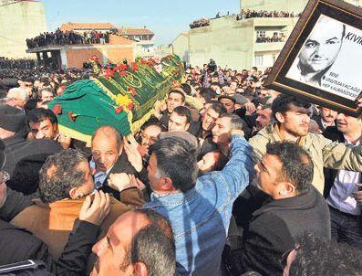 MUSTAFA KAÇMAZ - Kıvırcık Ali trafik kazası cenaze töreni  (foto video)