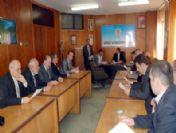 Ak Parti'li Meclis Üyeleri Toplandı