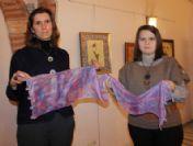 Ebruli Şal Ve Eşarplar Göz Kamaştırıyor