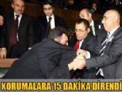 AK Parti grup toplantısında gerginlik