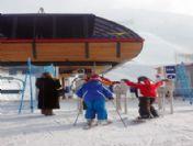 Palandöken Kayak Merkezinde Kayak Coşkusu