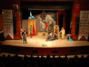 2010 Yılında 50 Bin 540 Kişi Tiyatro İzledi