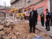 Şahinbey Belediyesi, Tehlike Arzeden Metruk Yapıları Yıktı