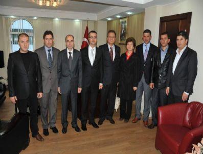 FARUK KELEŞ - Başiskele Kent Konseyi`nden Yeni Kaymakama Ziyaret
