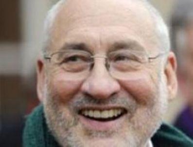 JOSEPH STİGLİTZ - Nobel ödüllü iktisatçı: Kemer sıkma yetmez