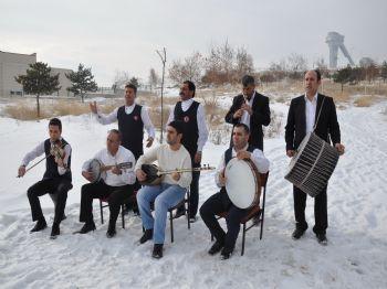 GÜVEN GÜLÜM - (özel Haber) Erzurum'da Kar Üzerinde Fasıl