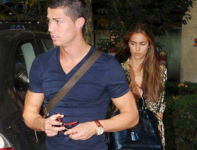 MODA TASARıMCıLARı DERNEĞI - Ronaldo'nun sevgilisi podyumda
