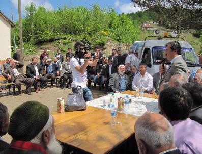 Ak Parti Adayı Mustafa Hamarat İkizce'de