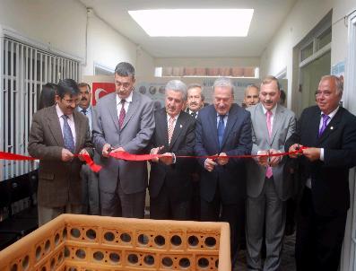 MUSTAFA BAYıNDıR - Türk Ocakları Salihli Şubesi'nin Yeni Hizmet Binası Açıldı