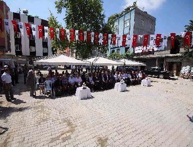 İBRAHIM KARAYIĞIT - Osmaniye'de Yeni Çarşı Parke Yol Ve Kaldırım Çalışması Tamamlandı